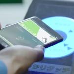 Apple PayはiPhone7の上部をかざせば読み取れますよ!
